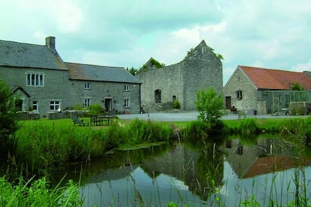 The Granary at Fishweir Farm - Saint Mary Church - Apartamento