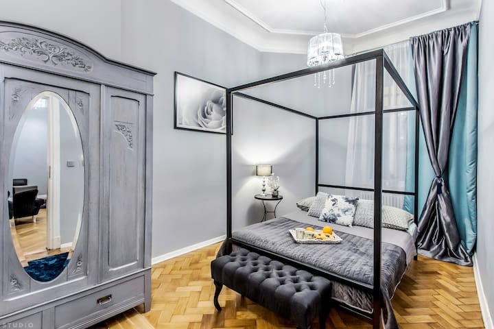 """Palace of Culture Central Apartment"" ClickTheFlat"