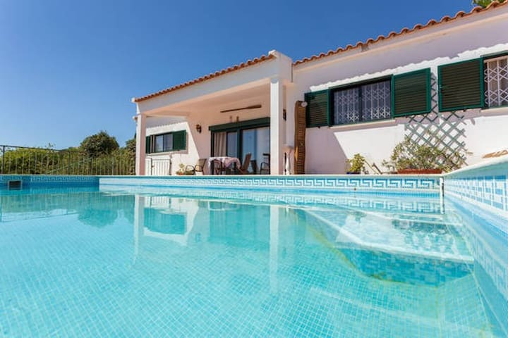 House - 9 km from the beach - Loulé - Rumah