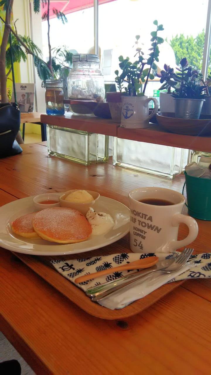 Coffee pancake at Surfer's cafe - Y850