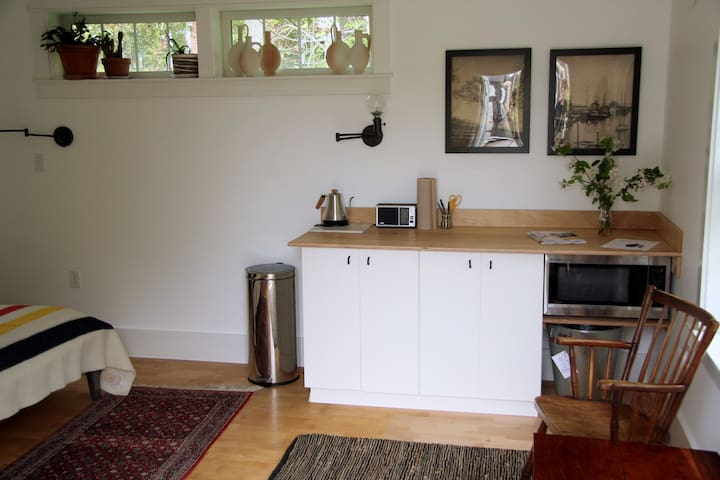 Sweet *Winter Rental* available in Camden