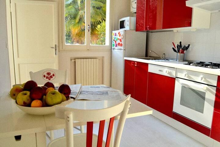 SilentQuiet one bedroom apartment   - โบโลญญา - บ้าน