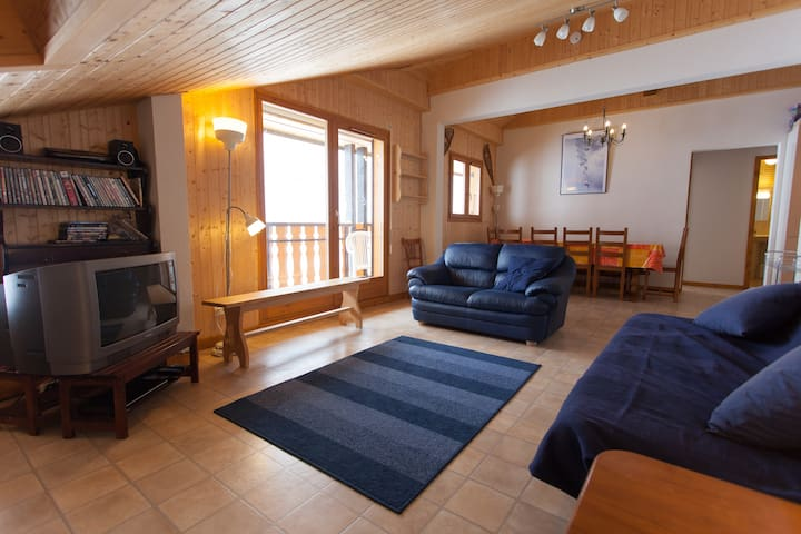 Self Catering Outdoor Penthouse - Biot