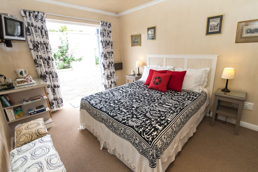 Terrace Room can be used with Tino Top self catering unit.