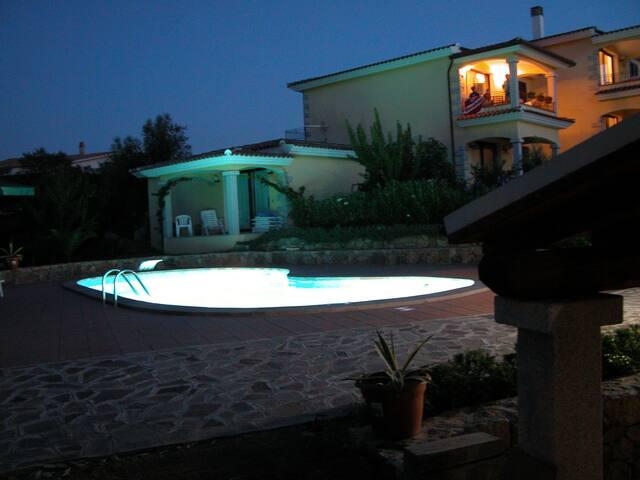 Lu Pitrali vista mare con piscina A - Monte Petrosu - Apartment