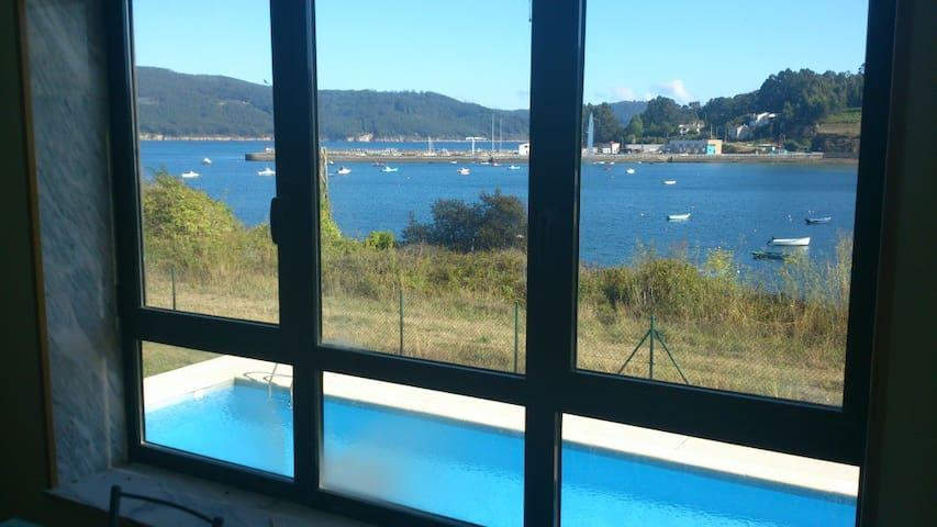Apto con vistas,terraza y piscina - O Vicedo