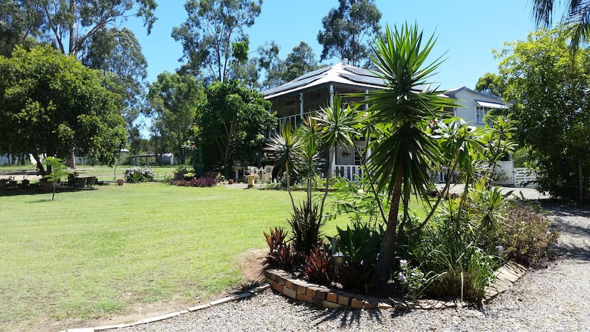 Beautiful Queenslander with wide shady veranders