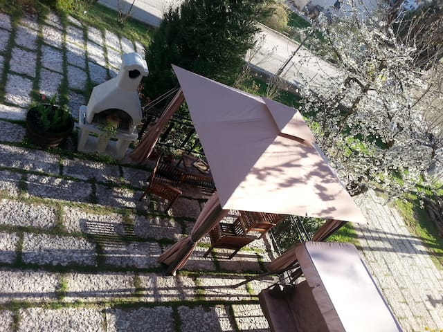 Trentino: giardino e Barbecue free - Tres - Appartement