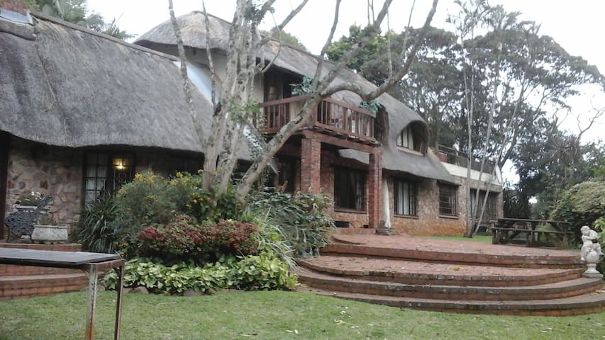 Tranquil Retreat near Durban - Hillcrest