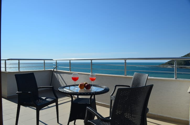 Blue Sea Apartment in Durres - 059