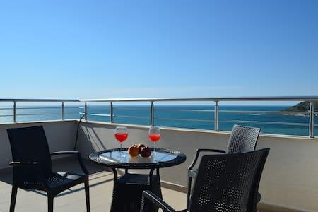 Blue Sea Apartment in Durres - 059