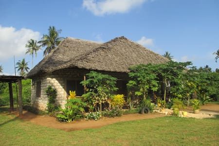 Punda Milia Farm and Guesthouse - Mombasa - Rumah