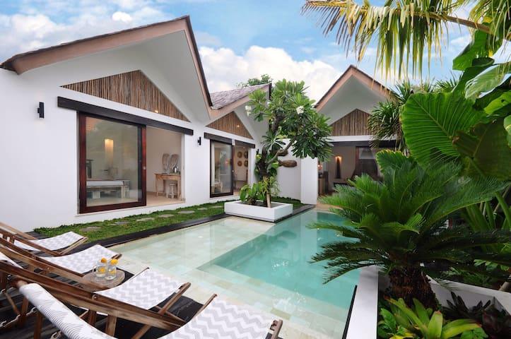 Bungalow3 VillaOceans. Feel at home in Canggu,Bali