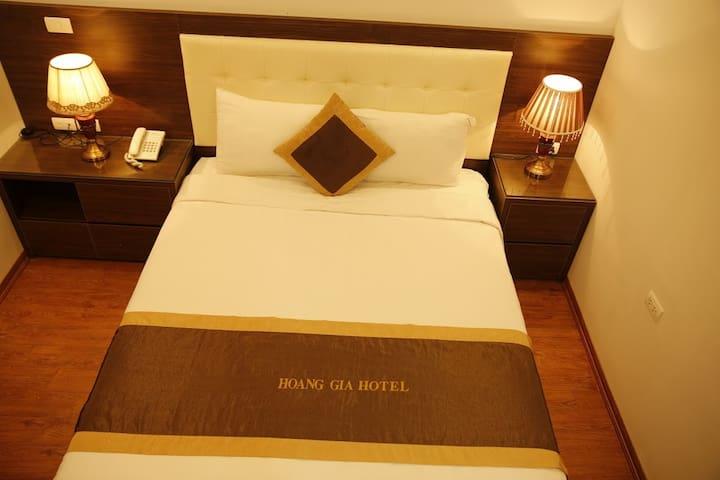 Single Room Hoàng Gia Hotel