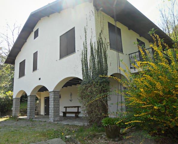 Villa at Lake' Orta - Maggiore - Gozzano - Villa