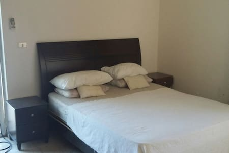 Private room in Furn el chebbek - Beyrouth - อพาร์ทเมนท์