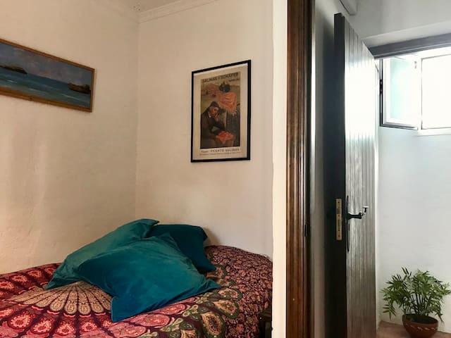 bedroom 1 dubbelbed
