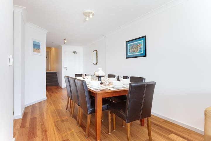 2 'The Pelicans' 53 Soldiers Point Road - ground floor unit on the waterfront