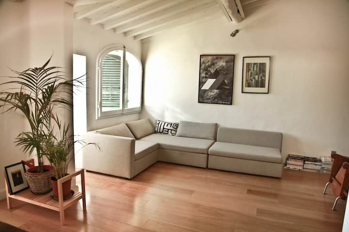 Attic Loft in the heart of Florence with terrace