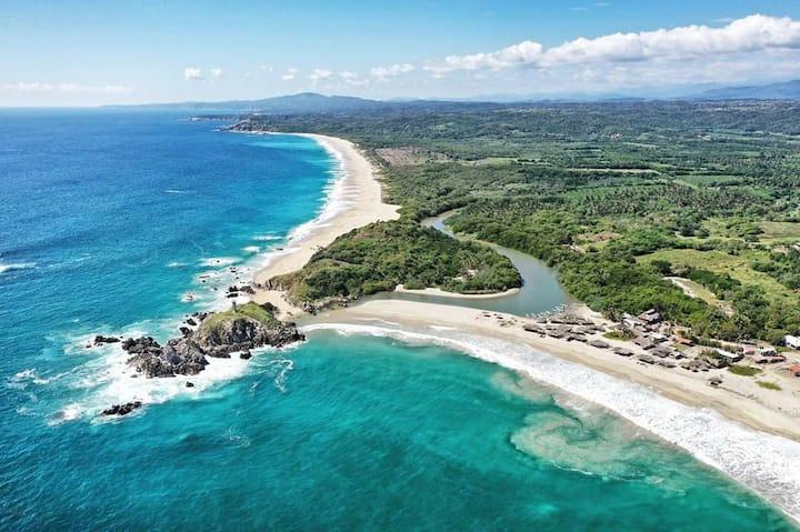 Cabañas Boca Vieja, Bajos de Coyula, Huatulco.