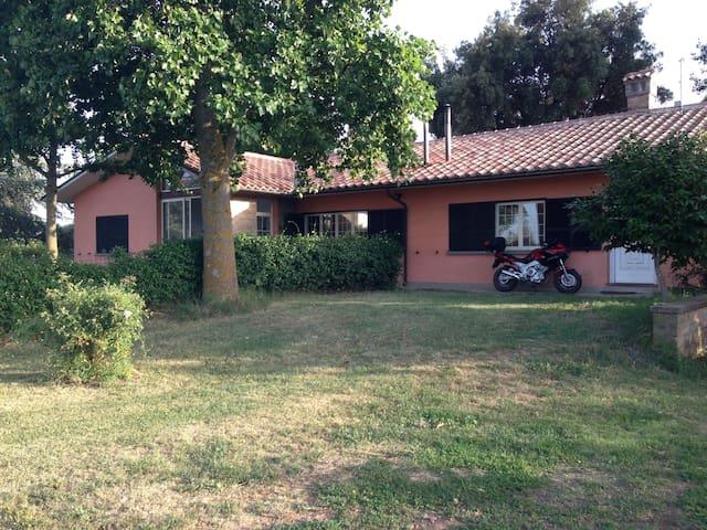 House Vincy - Capodimonte - วิลล่า