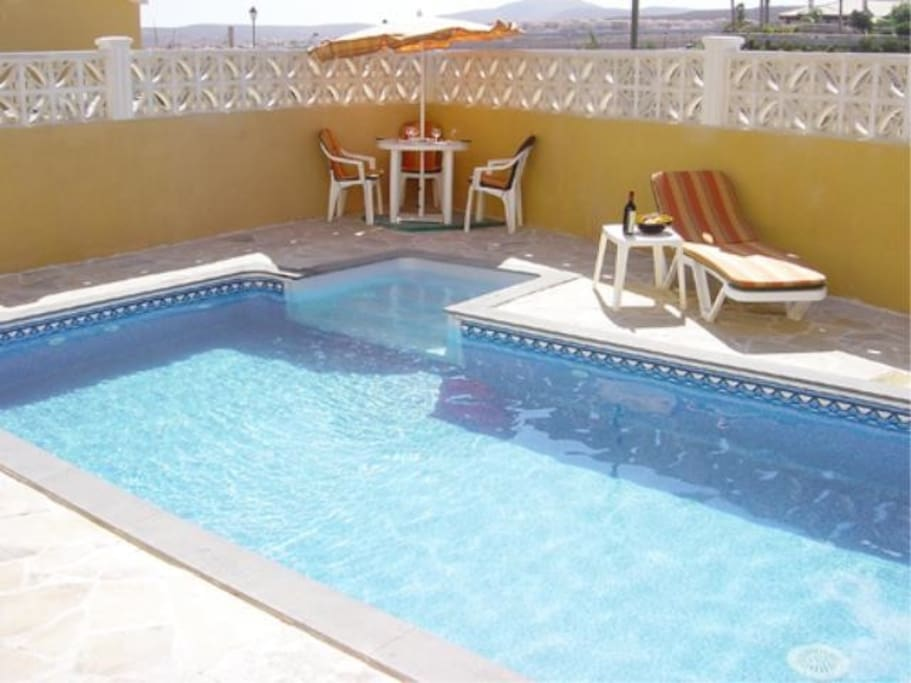 6 x 3m private heated swimming pool