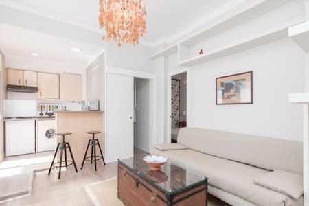 Beautiful and bright flat - Madrid - Apartment