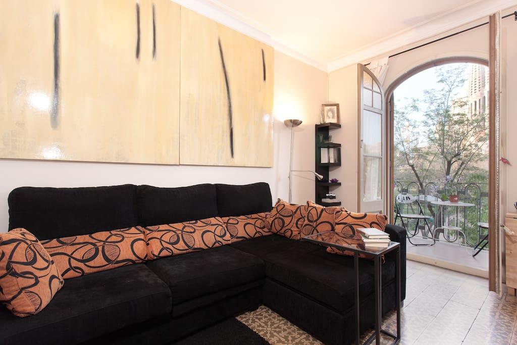 Habitaci n doble sagrada familia departamentos en for Habitacion barcelona
