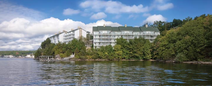 2 Bedroom Condo Wyndham Lake of the Ozarks