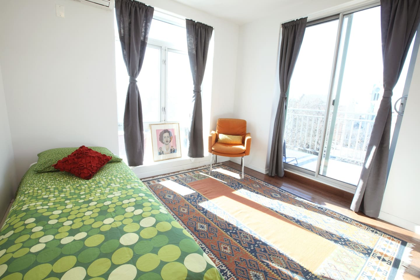 your own private singles bedroom in the top level