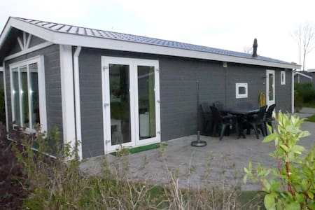 Chalet 109/6 p.from € 85,00 p.night - Velsen-Zuid