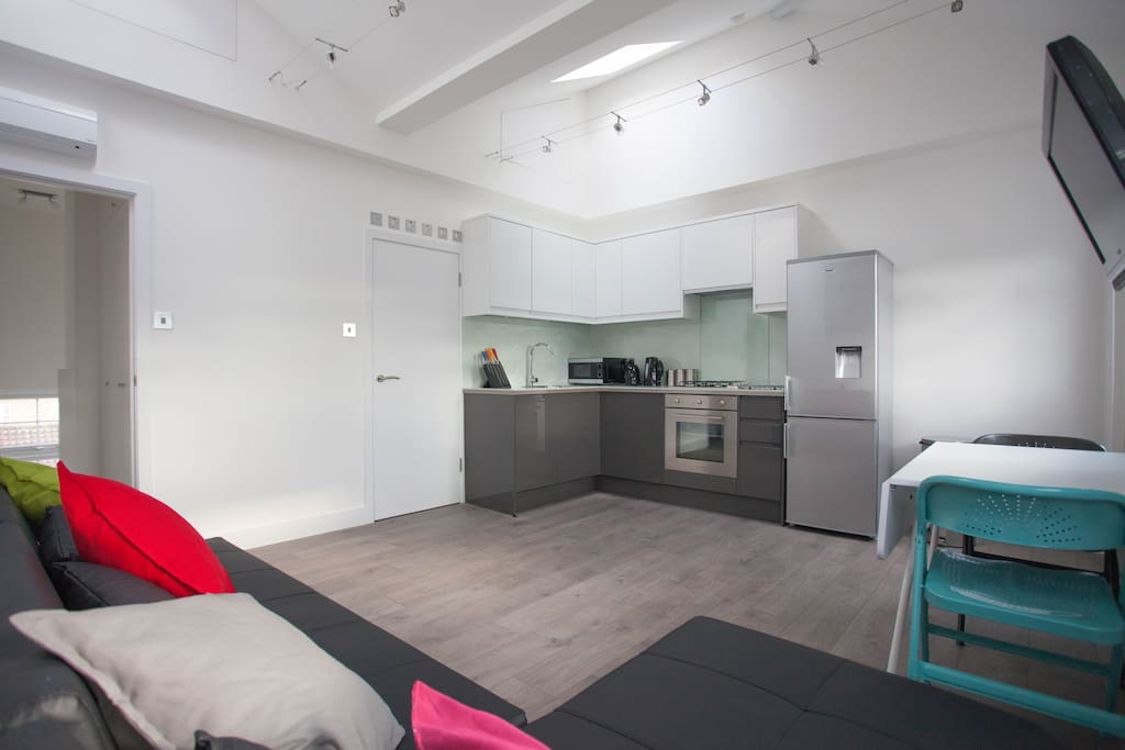 Fantastic open plan living area with fully equipped kitchen