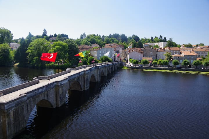 Spectacular  views of  La Vienne, Confolens