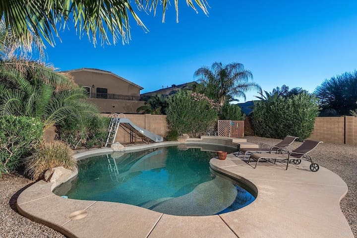 WINTER SPECIAL Moonstone:Gorgeous 2 Home Surprise,4 BR+ Loft with a Heated Pool