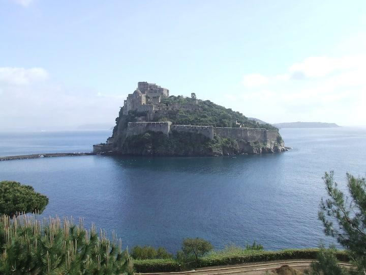 Ischia Casa vicino al Mare centralissima