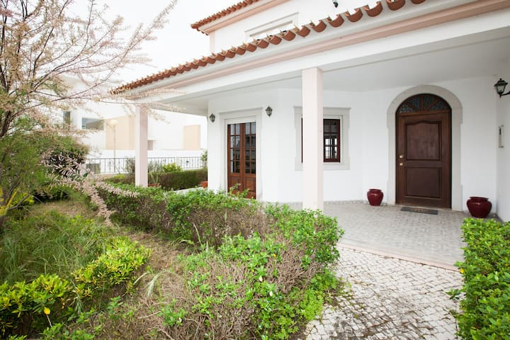 Twin Garden House at Baleal 1h away from Fátima - Ferrel - House