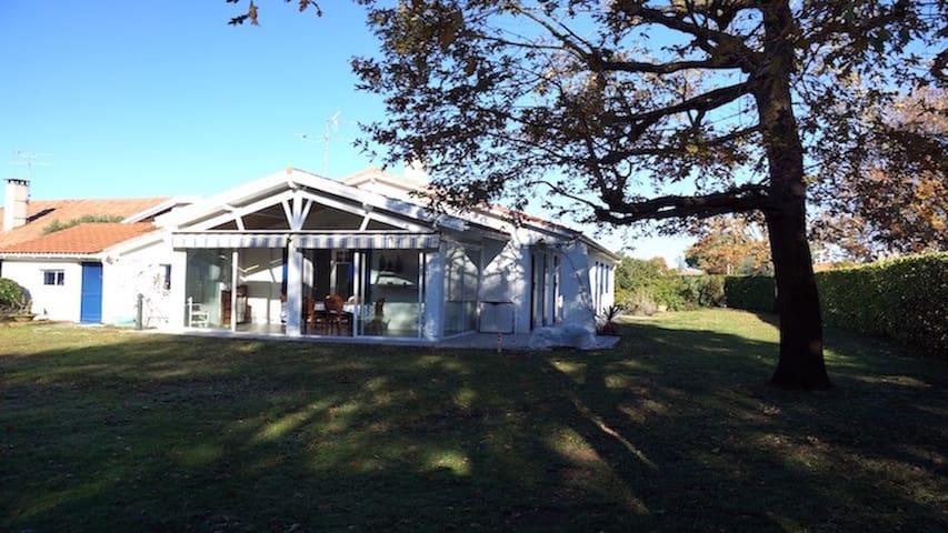 Villa au calme sur le bassin d'Arcachon