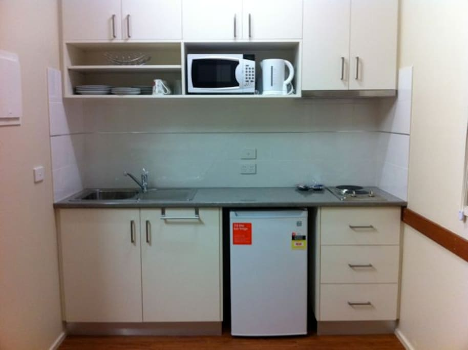 Functional kitchen with all the necessitites