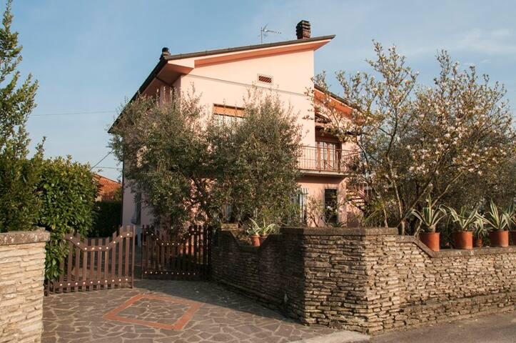 LA VILLETTA ROSA con Piscina - Capannori - Apartemen