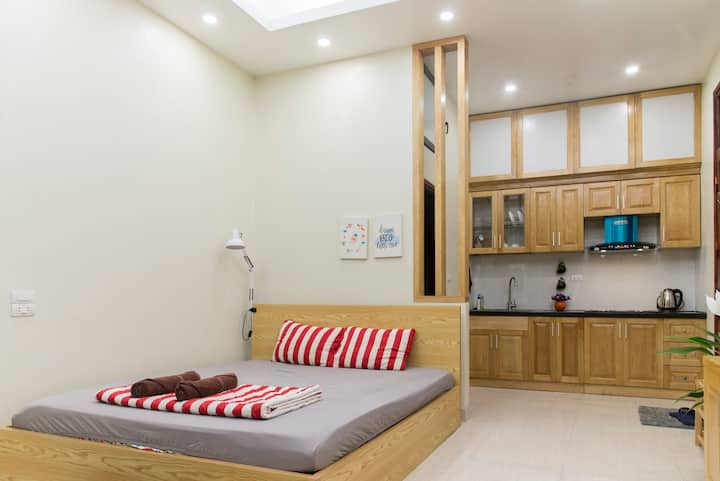 MAI HOME - Spacious Studio Apt, central Hanoi #104