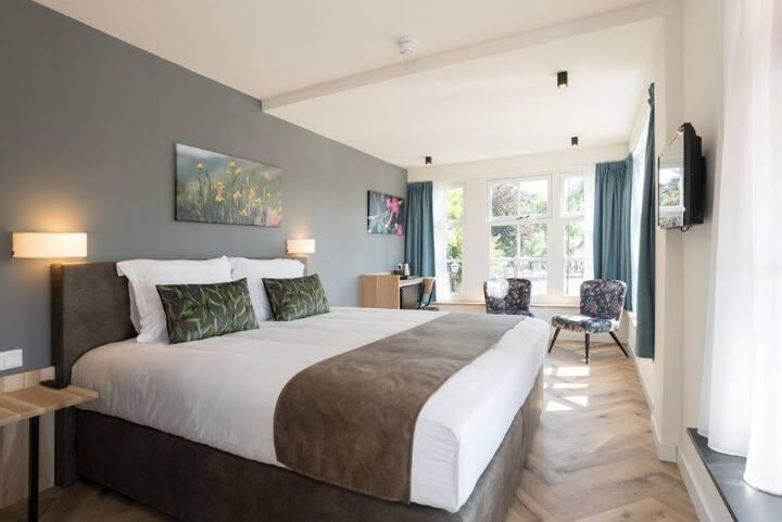 Hof van Holland Hotel Room 10