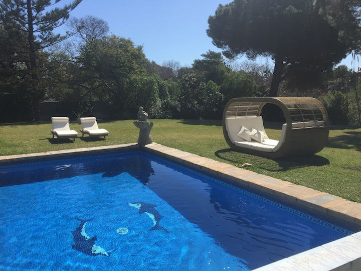 Elviria, Marbella, Beach side. Garden villa