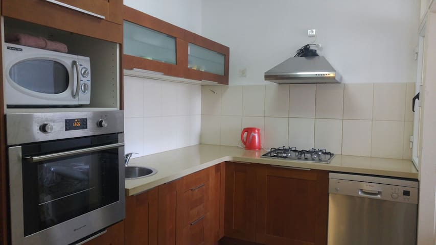 2BD Next to TLV&Airport&Train - לוד