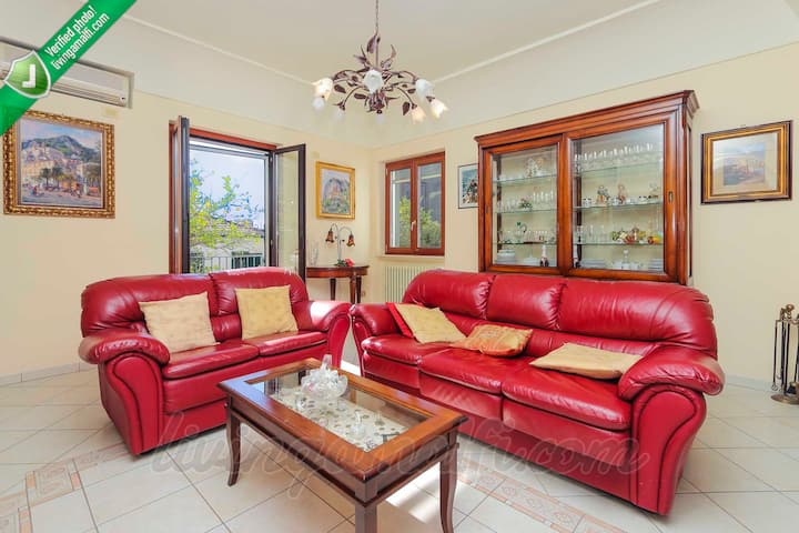 NEW! Luxury house in the Amalfi centre, wifi, AC