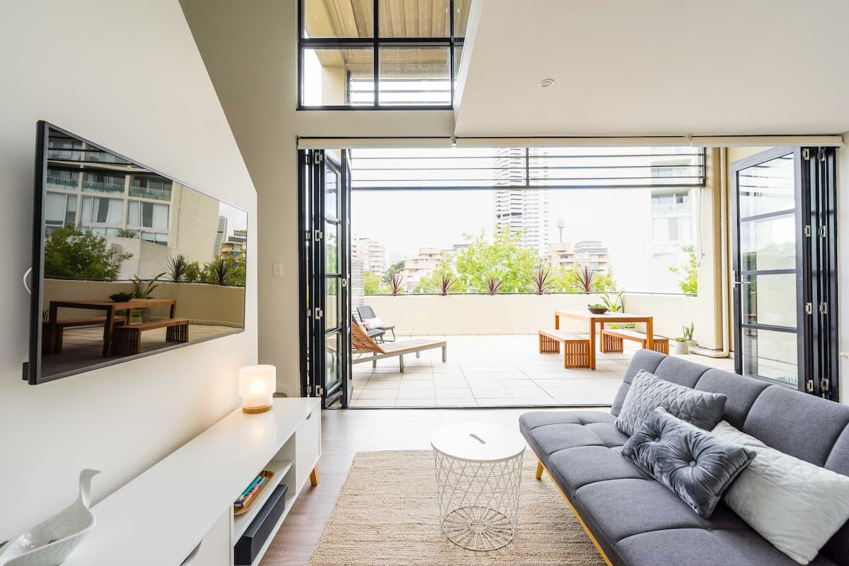 Urban Luxe Terrace Loft Apartment near Sydney's City Edge