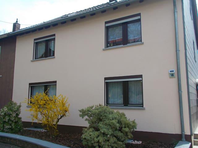 Ferienwohnung Haus Dorita - Sankt Wendel - House