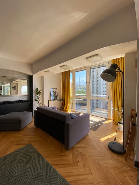 Perfect view centrally located modern apartment