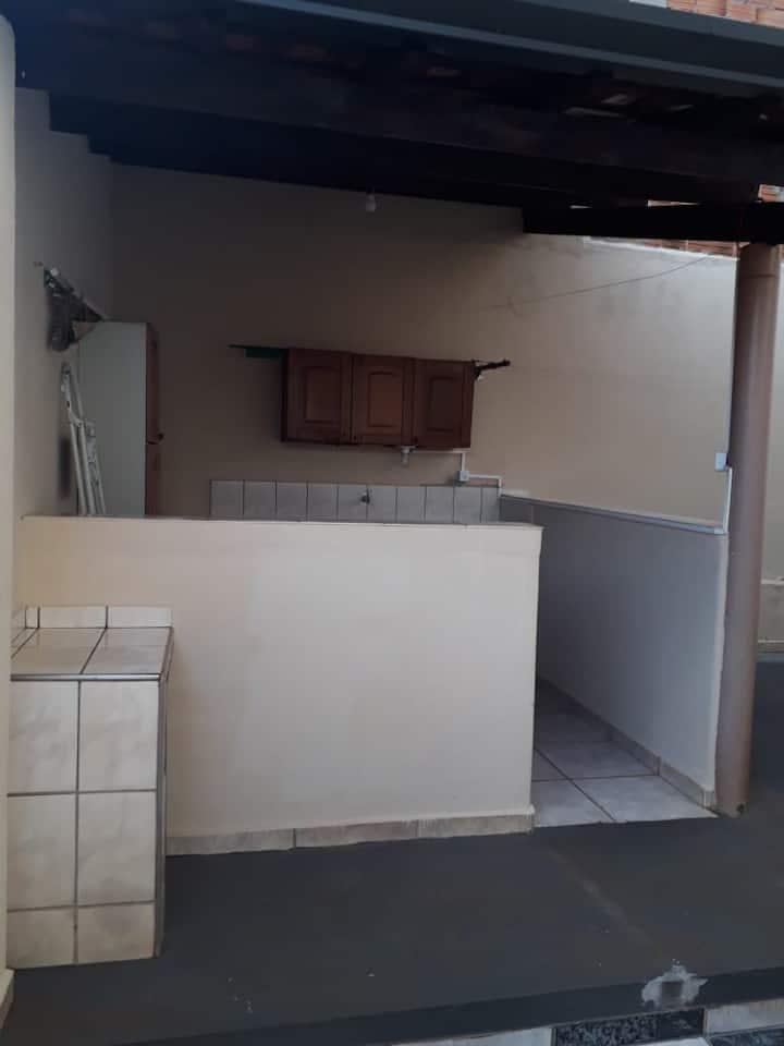 Casa Inteira ou Quarto - Ribeirão Preto Dona Wilma