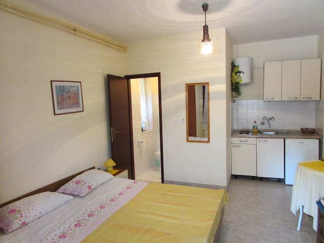 Ana STUDIO-APARTMENT for 2 persons - Umag - Appartement