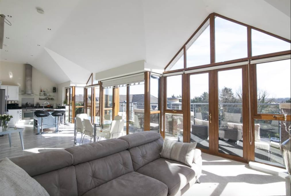 5* Stunning Luxury Penthouse Apartment Belfast - Flats for ...